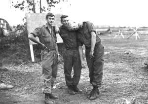 3_aussies Bill Wearne 2RAR Jeff McIntyre, Graham Todd
