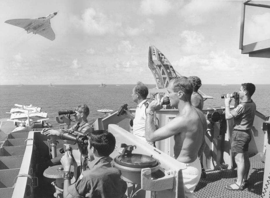 Vulcan HMAS Melbourne
